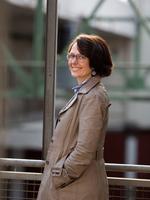 Prof. Annedore Hacker-Jakobi